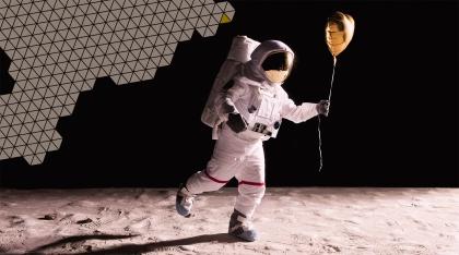 astronaut-mit-baloon